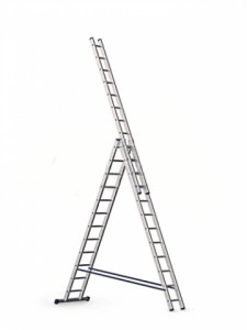 Трёхсекционная алюминиевая лестница 3х11